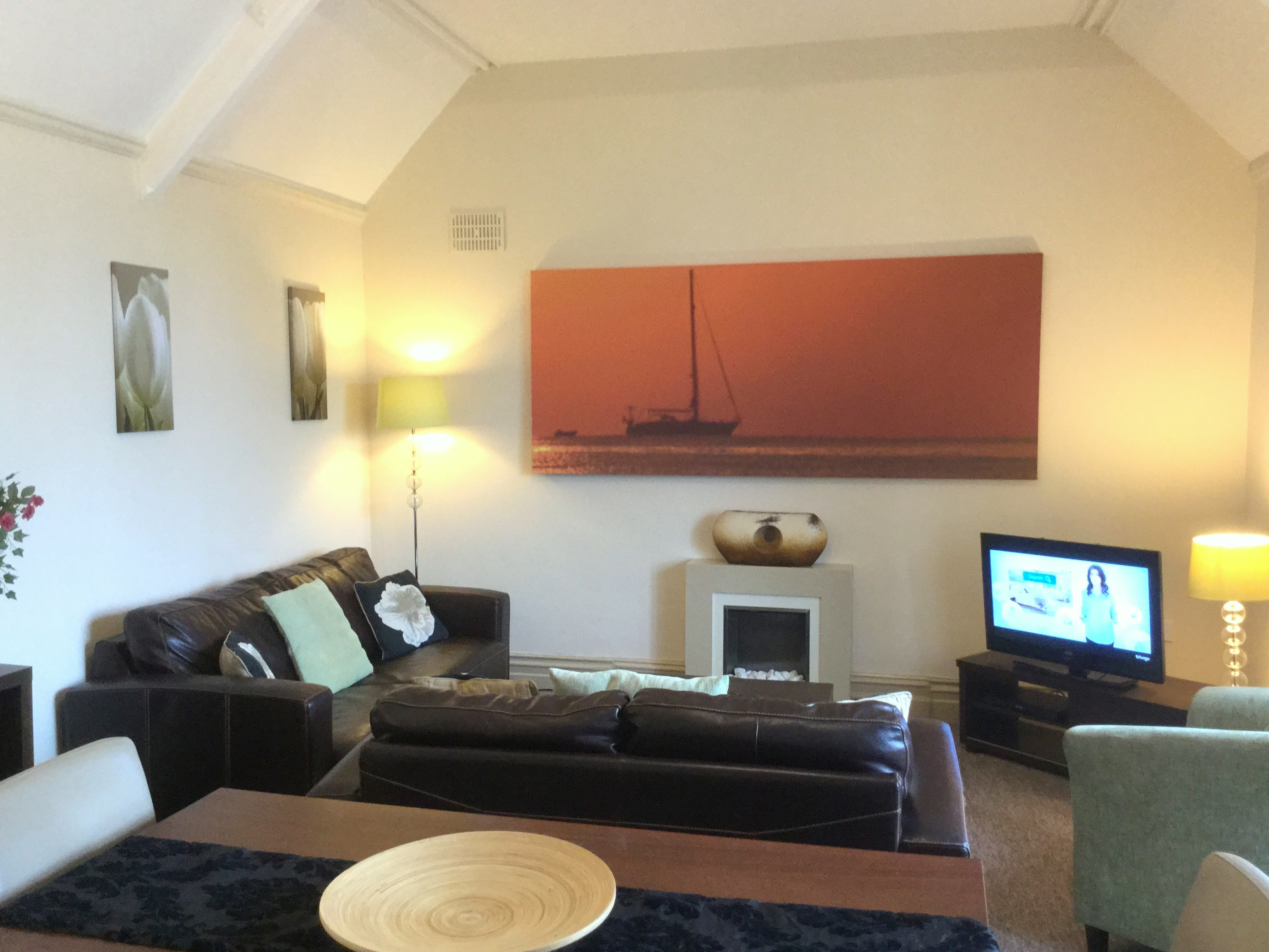Apartment 2 Bedford House - large two bedroom self catering apartment in Torquay