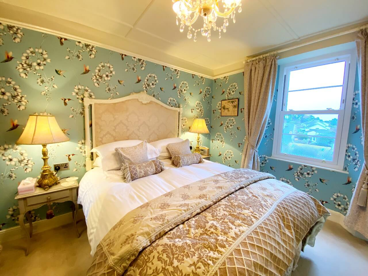 The Main Bedroom in The Muntham Town House in Torquay